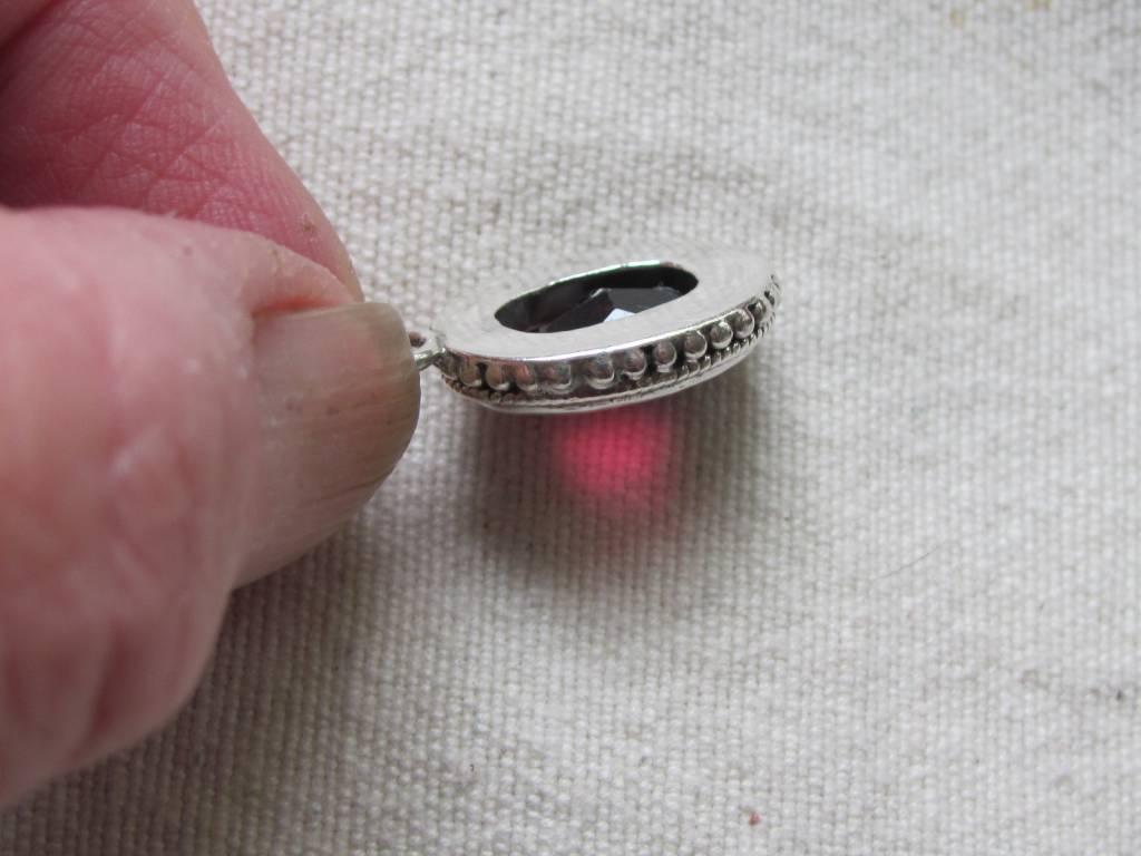 Pendant zilver granaat
