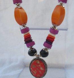 Ketting met pendant, kleurrijk