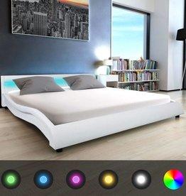 VidaXL Bed met LED en traagschuim matras kunstleer 180 cm wit