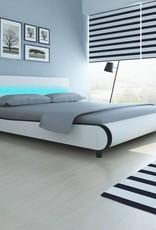 VidaXL Bed met LED hoofdeinde 180 cm kunstleer wit