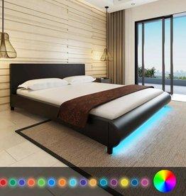 VidaXL Bed kunstleer 180 x 200 cm met ledstrip zwart