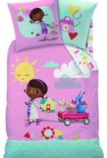 Speelgoed dokter - Doc Mc Stuffins Doc Mc Stuffins Summer Pink Dekbedovertrek 140x200cm+ kussensloop 63x63cm