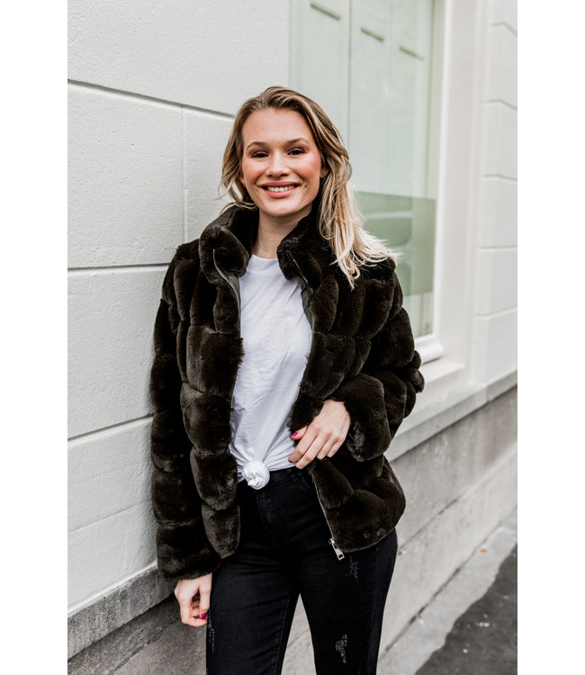 FAUX FUR JACKET | KAKI