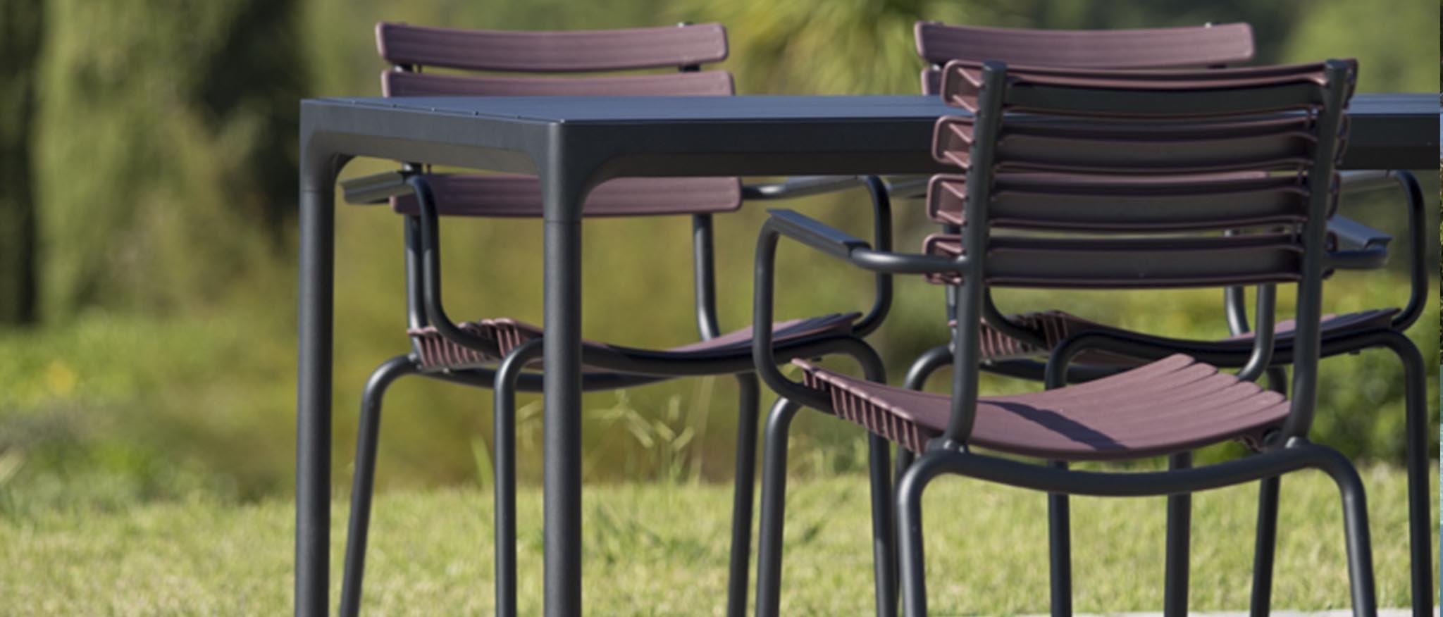 HOUE FOUR tuintafel 90X210 CM // zwart