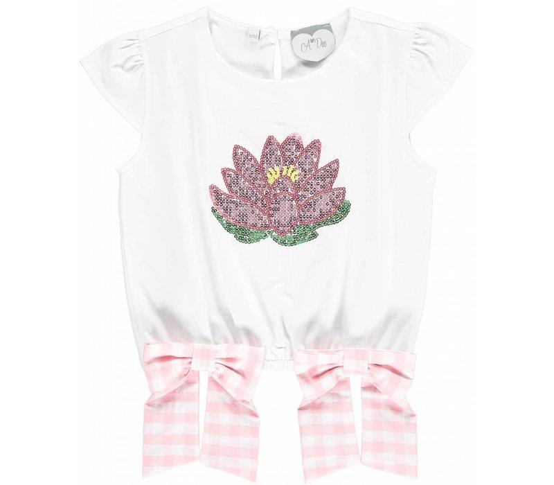 shirt wit met bloem en 2 strikken
