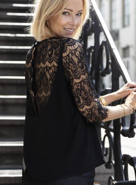 Laces Sleeves Black