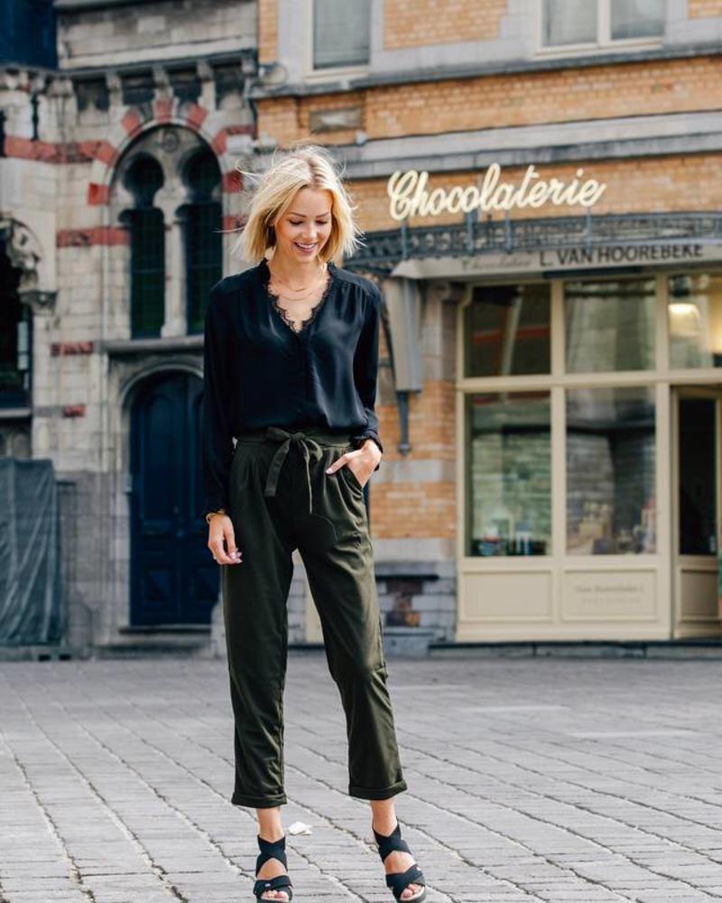 Basic Lace Blouse Black
