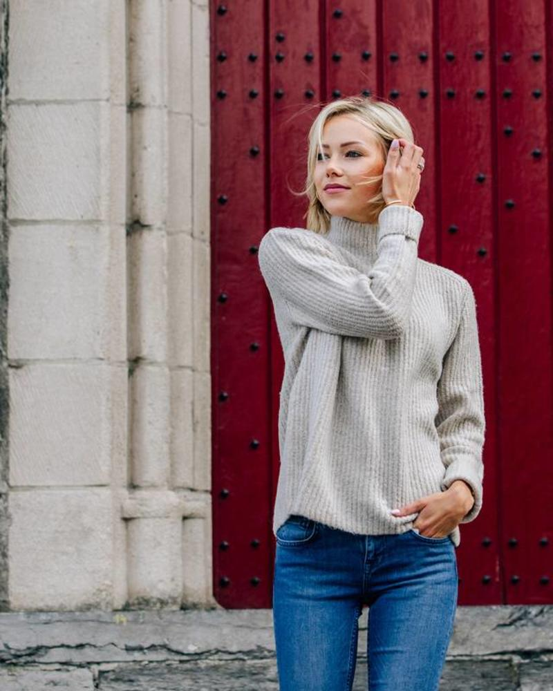 Cosy Collar Sweater Creme