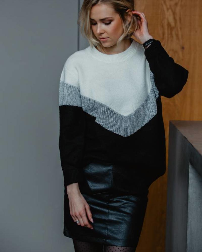 Sparkle V Sweater