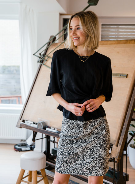 Philipa skirt black