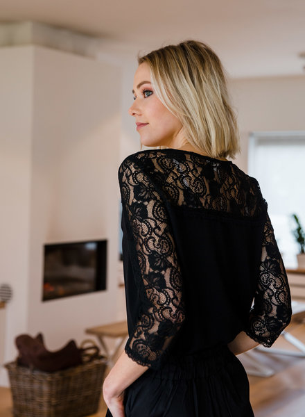 Lace Long Sleeves Black