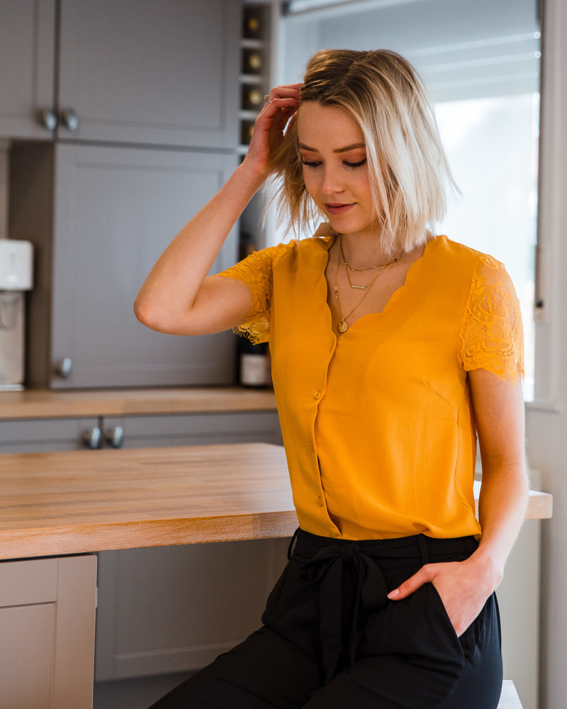 Romantic Mustard T-shirt