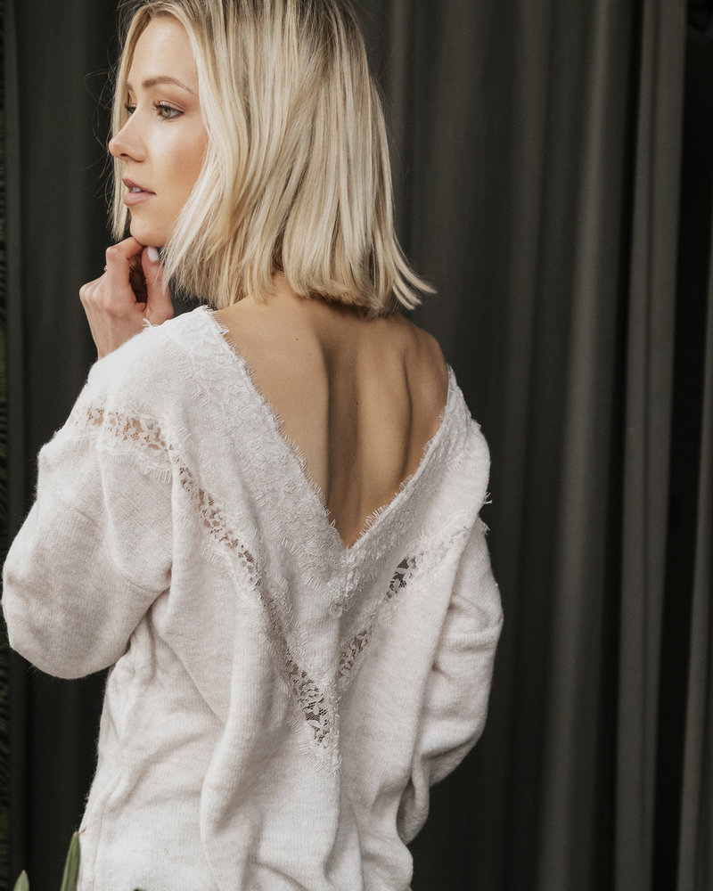 Perfect Lace Sweater Rose