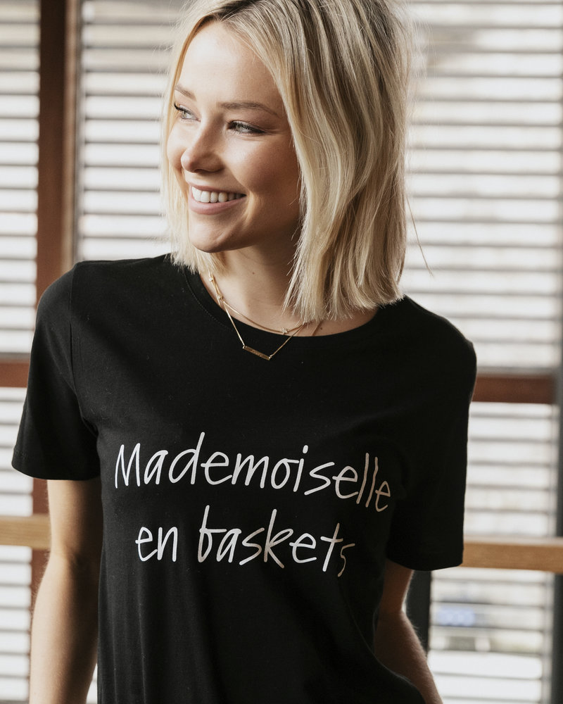 Mad. en Baskets Tshirt