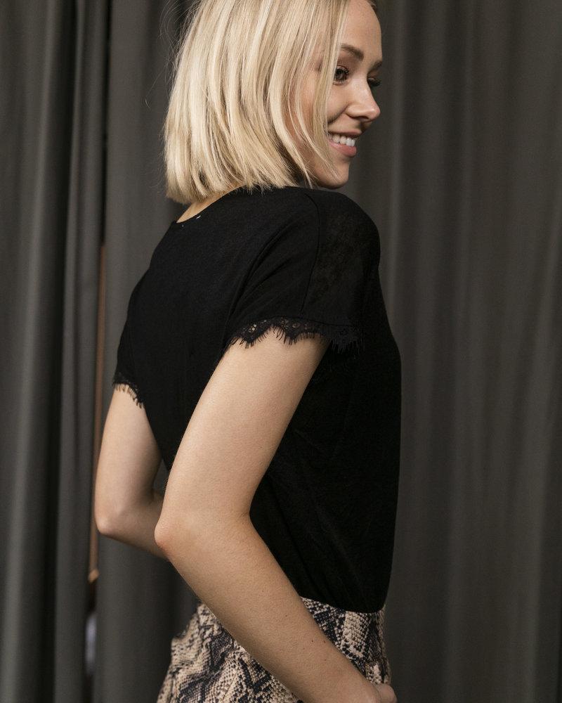 Perfect Lace Tshirt Black
