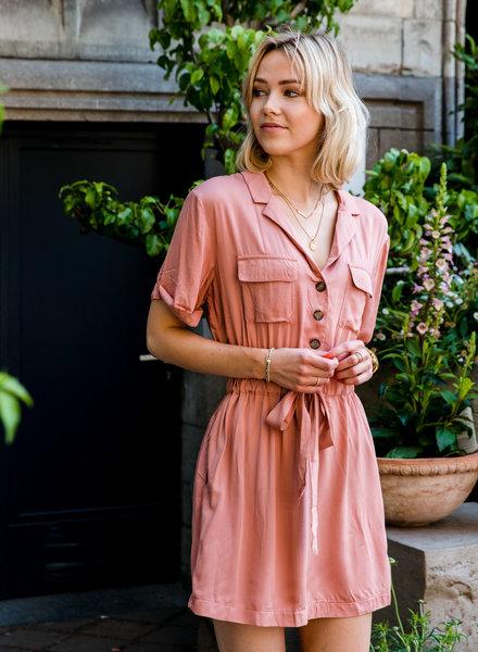 Day Short Dress Roze