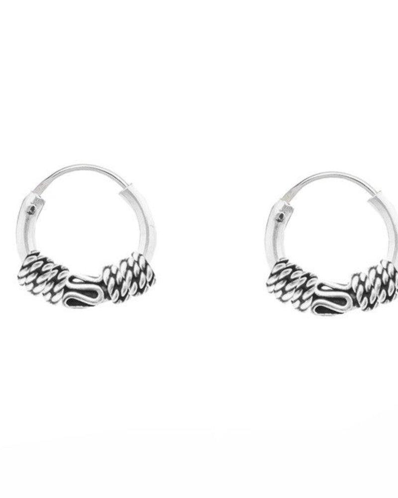 Medium Little Detailed Chain Hoops