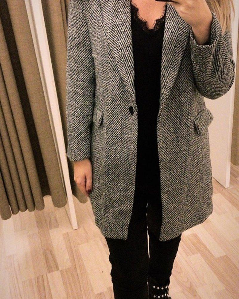 Classy Jacket Black