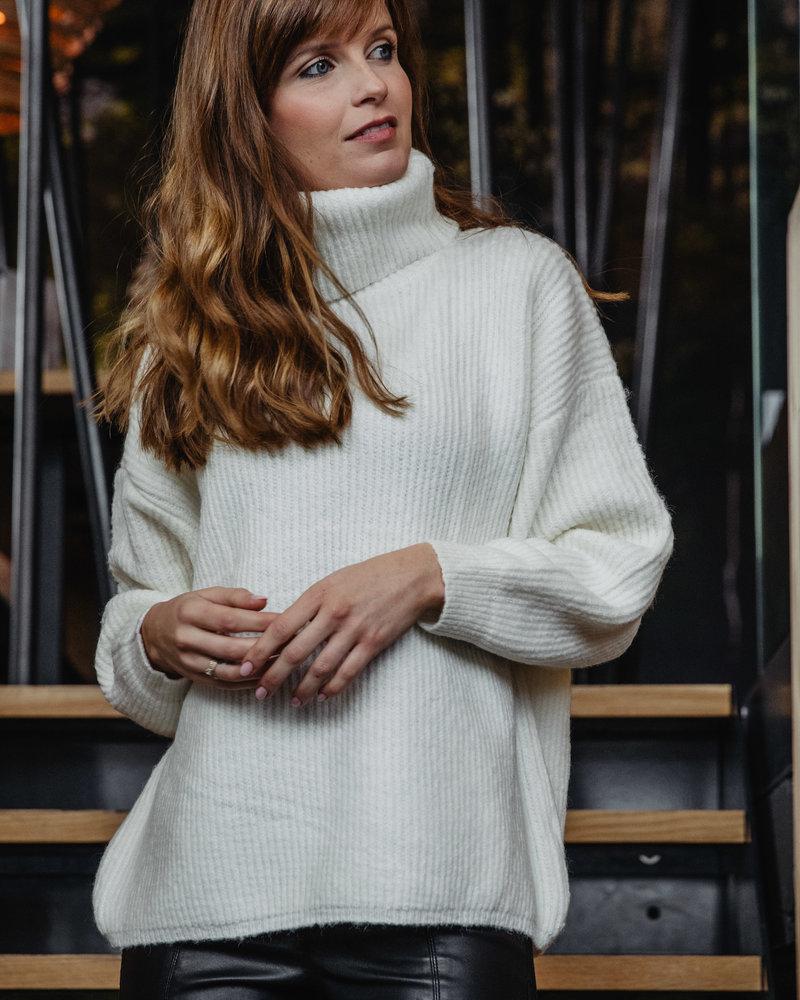 White Loose Collar Sweater