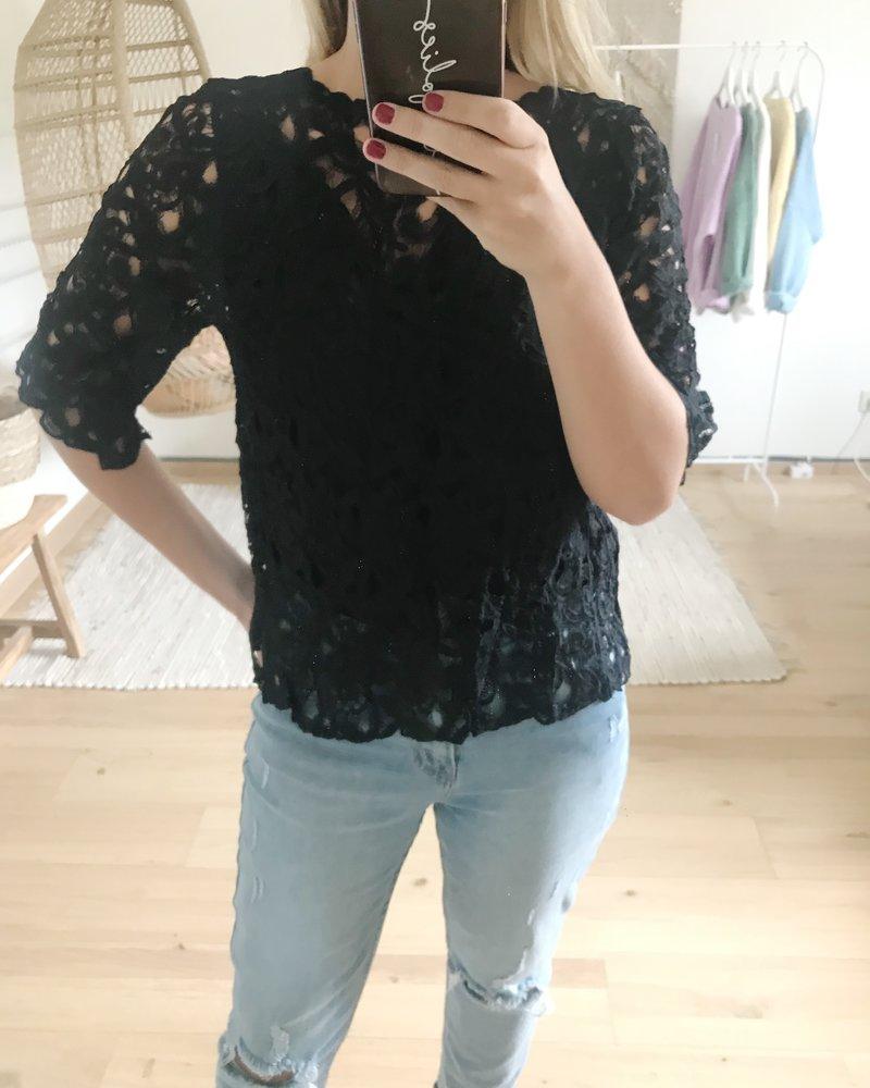 Lace Cardi Top Black