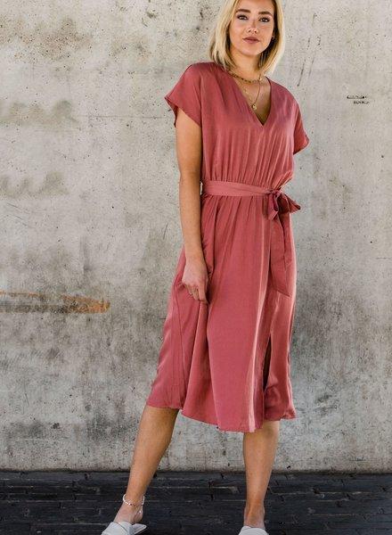 Eline Dress Roze