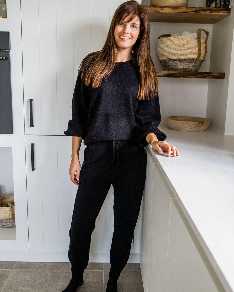 Homewear Black (BROEK + TRUI)