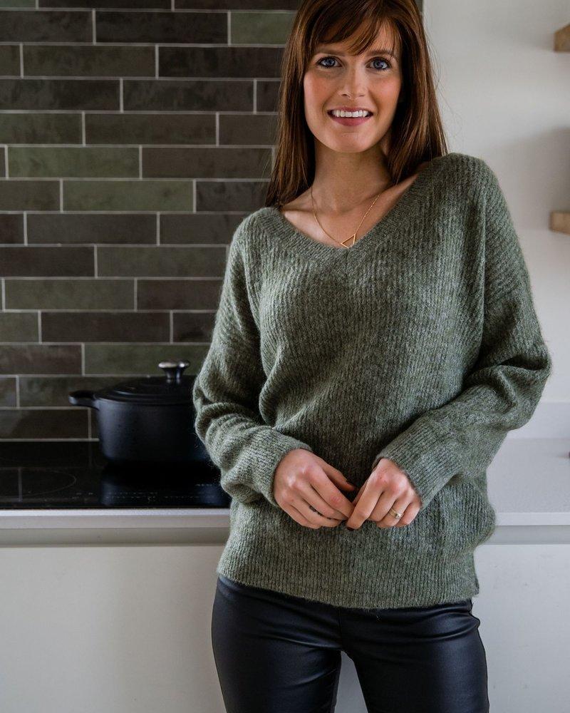 V-Sweater Kaki