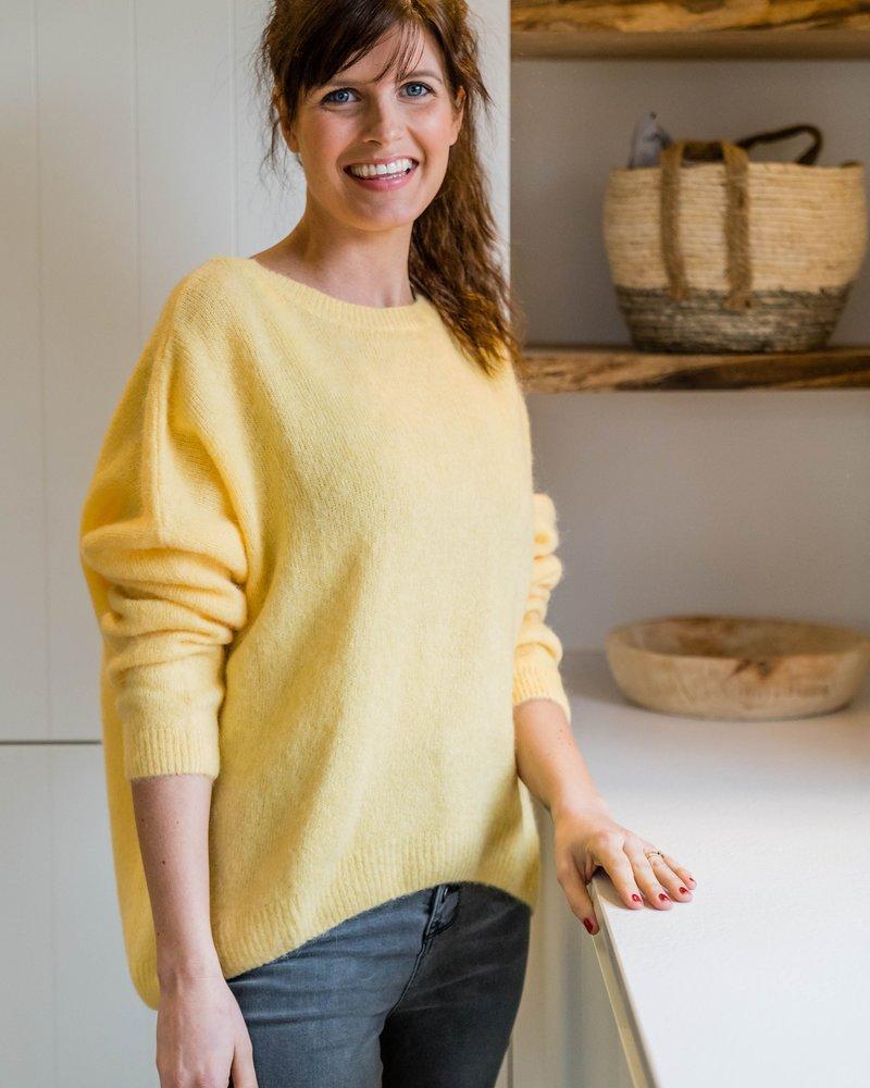 Loose Sweater Yellow