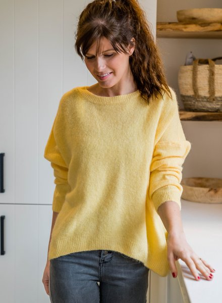 Loose Sweater Yellow
