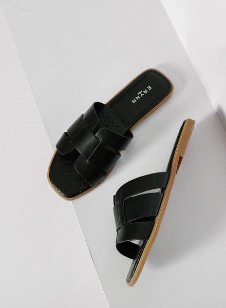 Eden Slippers Black