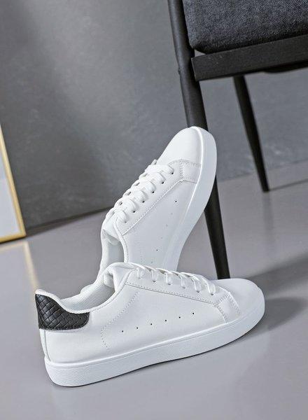 Serena Sneakers Black