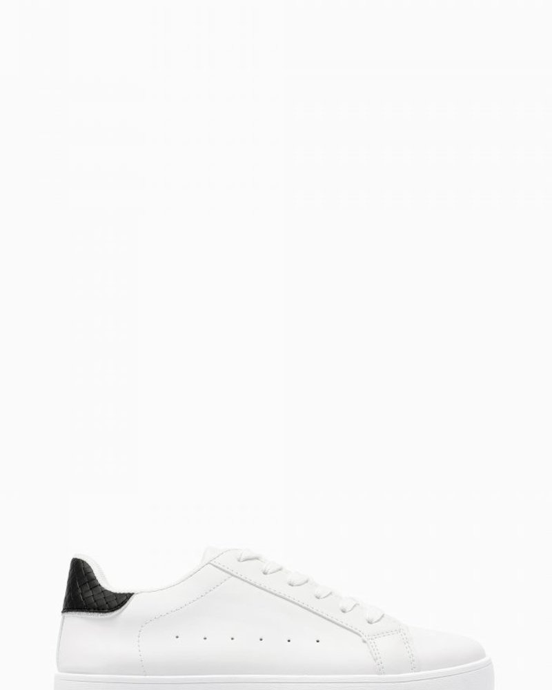 Serena Sneakers Black