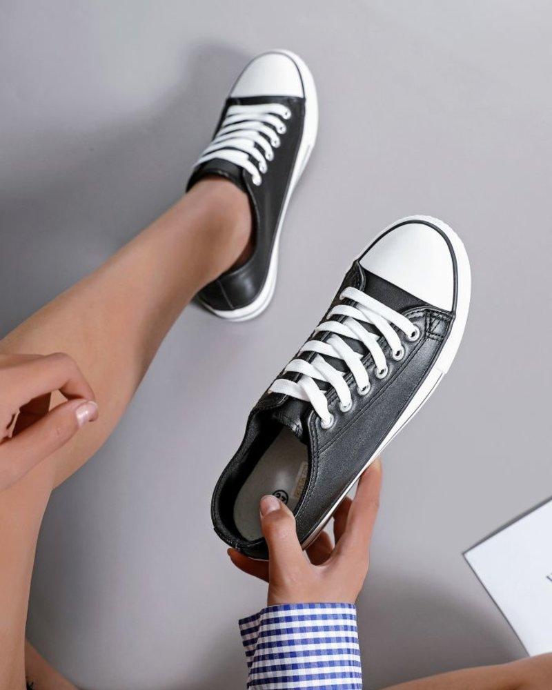 Laurel Sneakers Black
