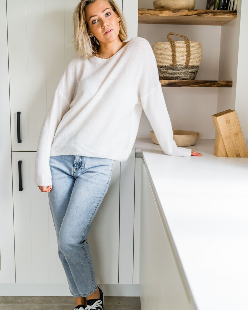 Loose Sweater White