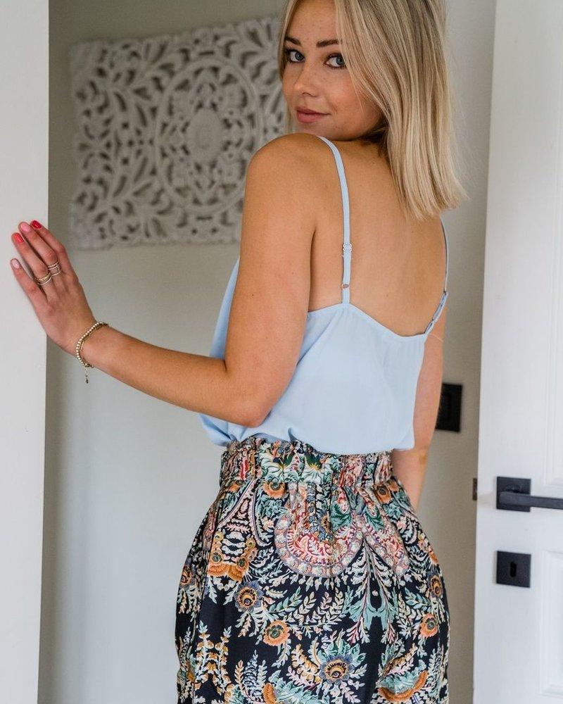 Victoria Short