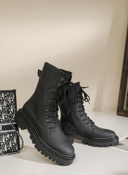 Belle Boots Black