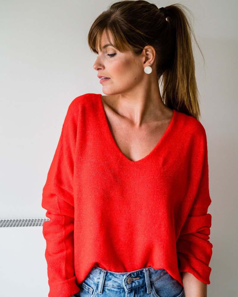 Lily V-Sweater Red