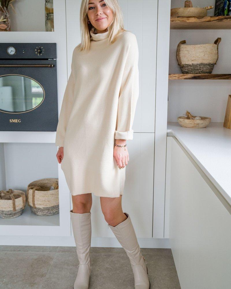 Noa Dress Beige