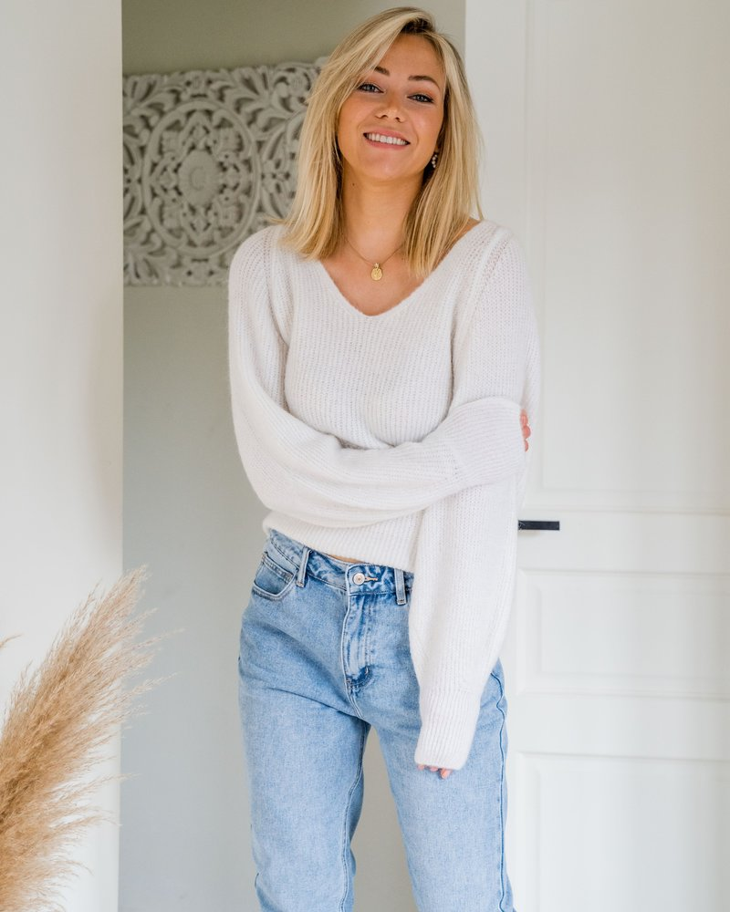 Milla Sweater White