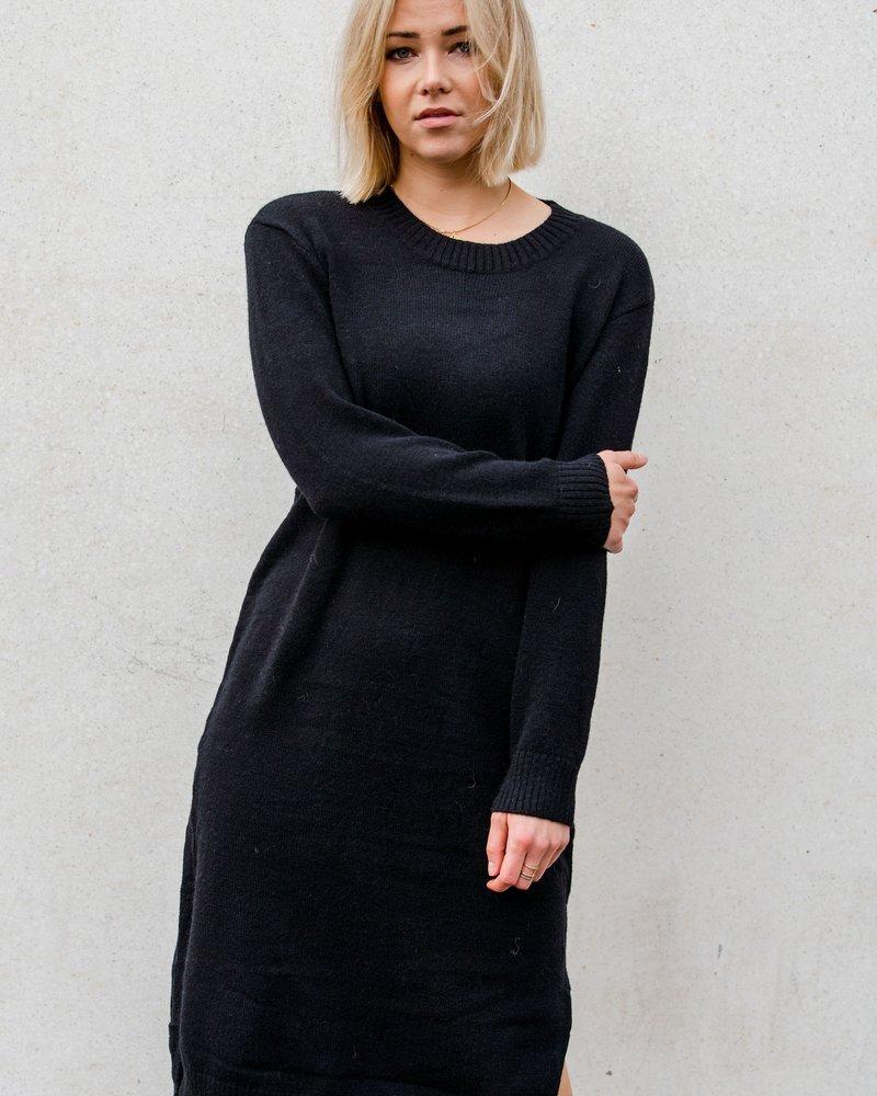 Ina Sweaterdress Black