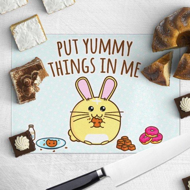 Fuzzballs chopping board - Put Yummy Things In Me
