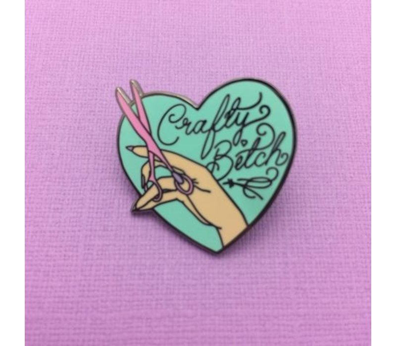 Punky Pins emaille Pin - Crafty Bitch