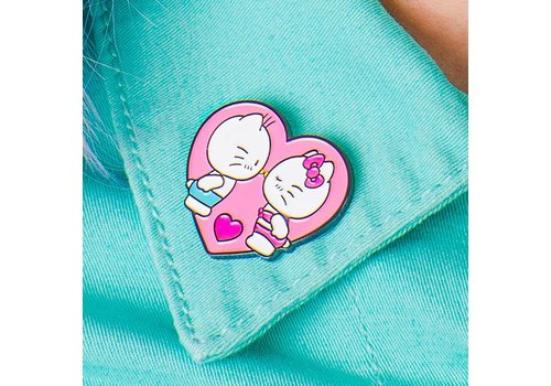 Punky Pins Pin - Hello Kitty Kiss