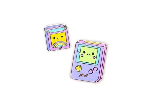 We Are Extinct Pin - Gameboy Set