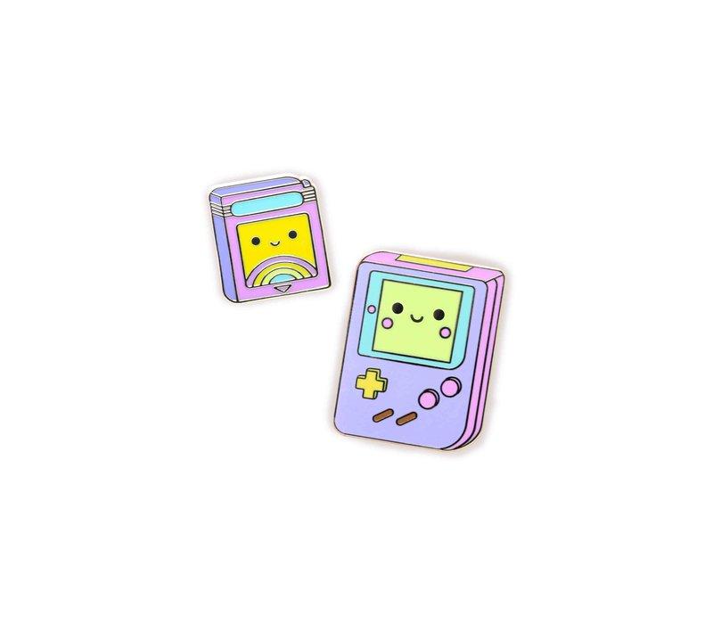 We Are Extinct enamel Pin - Gameboy Set