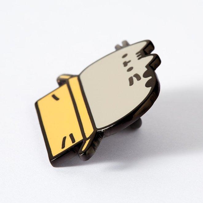 Punky Pins enamel Pin - Pusheen in a Box