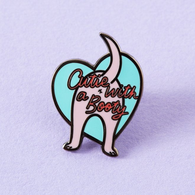 Punky Pins emaille Pin -  Cutie With A Booty