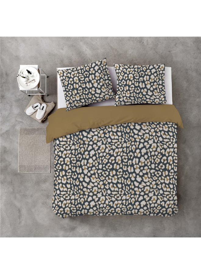 BYRKLUND Dekbedovertrek Lazy Leopard Okergeel
