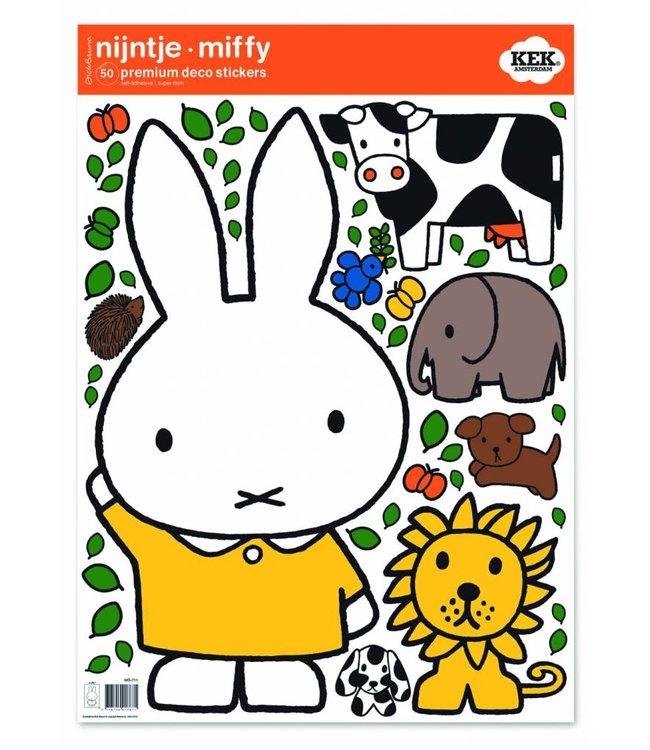 Nijntje / Miffy Miffy Wandtattoos Miffy with animals, 42 x 59 cm