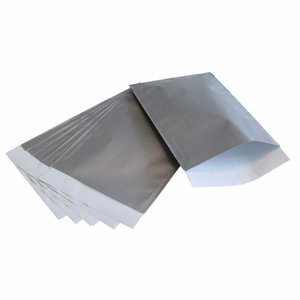 200x papieren zakjes Zilver 10x16cm